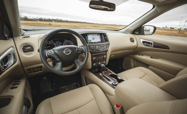 2020 nissan pathfinder 7-seat interior