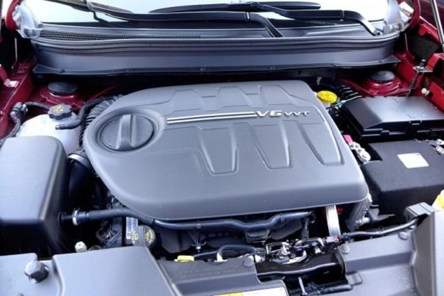 2020 Jeep Cherokee 3.2 V6 engine