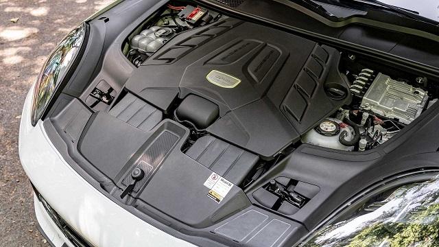 2020 Porsche Cayenne Turbo S E-Hybrid specs