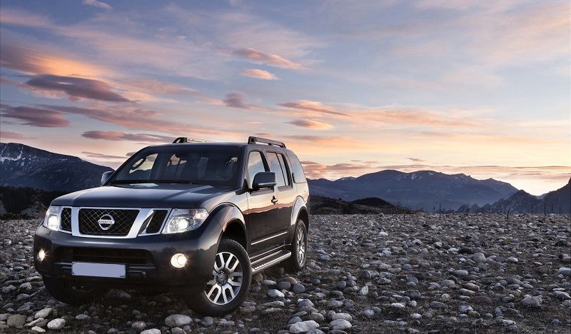 unchanged 2021 nissan pathfinder is waiting for the new