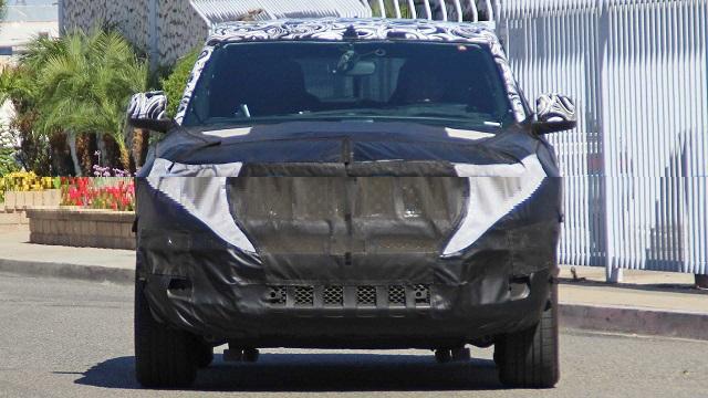 2021 Jeep Wagoneer spied
