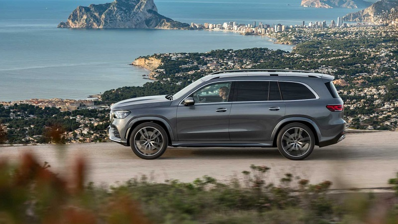 2021 Mercedes GLS redesign