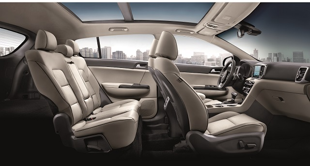 2021 Kia Sportage interior