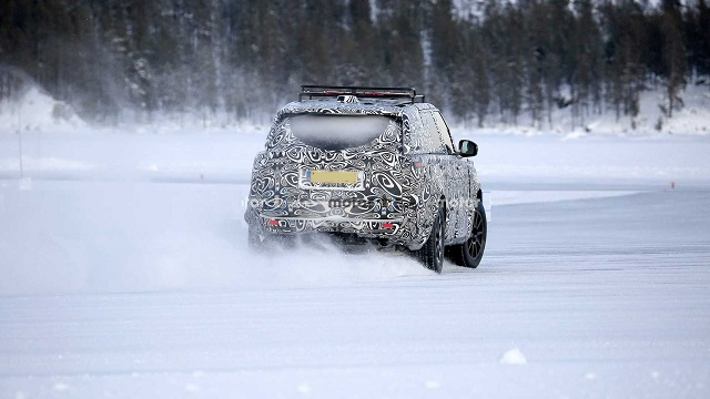 2022 Range Rover Sport spied