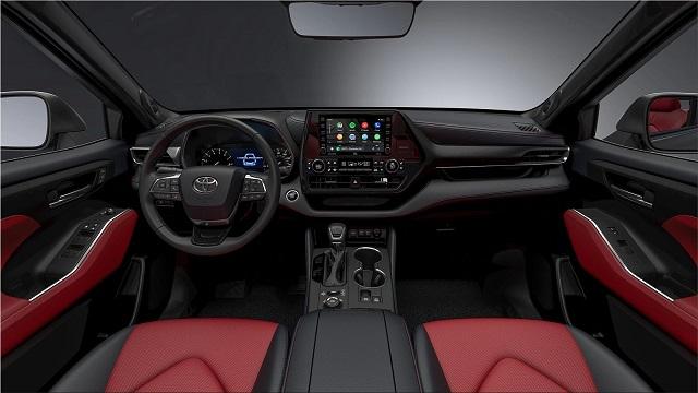 2022 Toyota Highlander interior