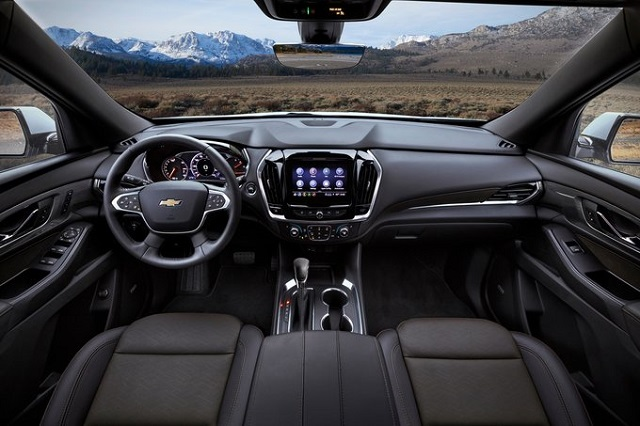 2022 Chevy Traverse Interior