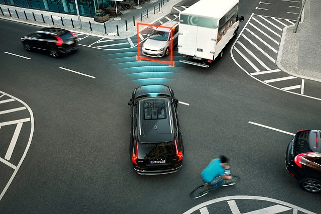 2022 Volvo XC100 autonomous drive