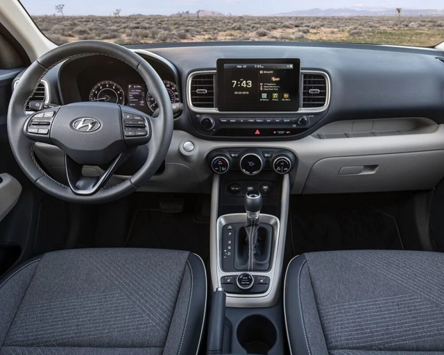2022 Hyundai Venue interior