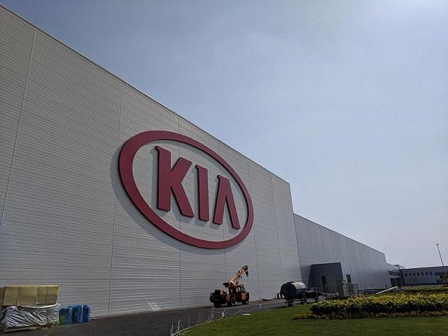 2022-2023 KIA Crossovers and SUVs