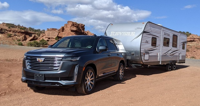 2022 best SUVs for towing cadillac escalade