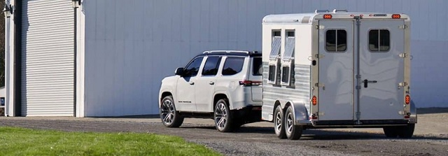 2022 best SUVs for towing jeep grand wagoneer